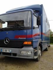 Mercedes Atego - Ajouté par Jouve Fabienne  le 25/04/2017
