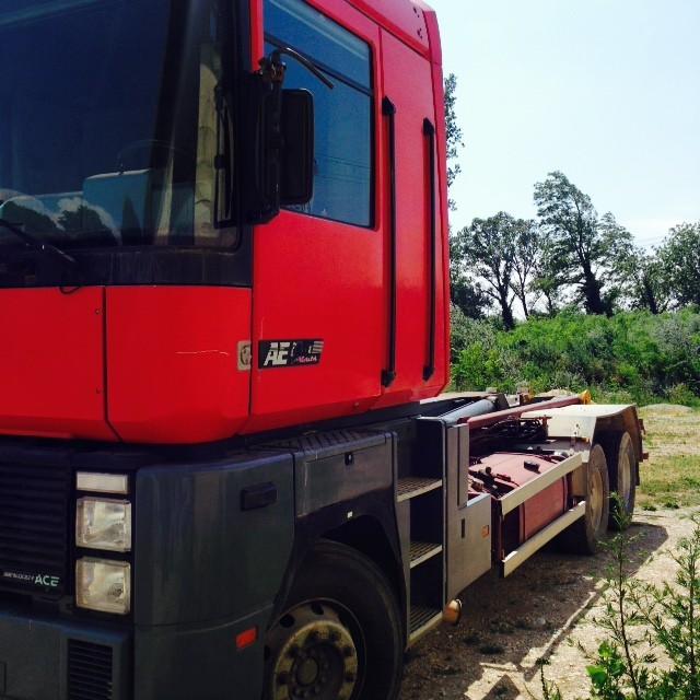 camions renault magnum gamme et mod les. Black Bedroom Furniture Sets. Home Design Ideas